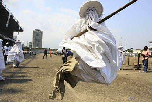 ナイジェリア 仮面祭り