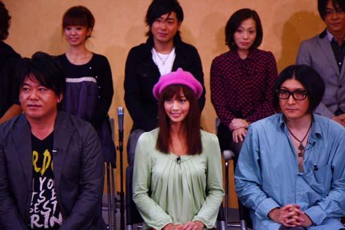 主演のホリエモン、安田美沙子さん、演出・脚本・音楽の湯澤幸一郎さん