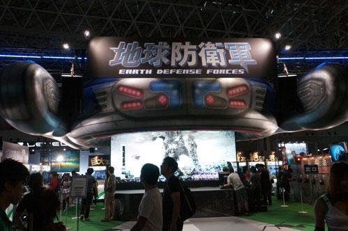 ブースもステージも『地球防衛軍』一押し! 「東京ゲームショウ2012」D3パブリッシャーブースレポート