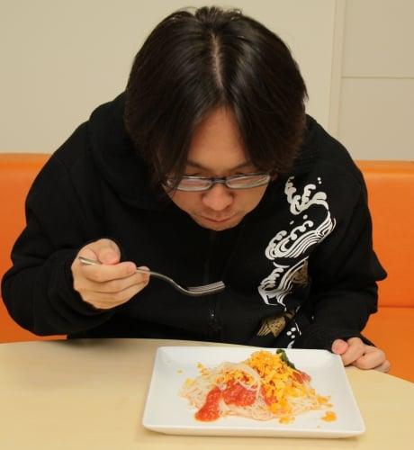 men_eat