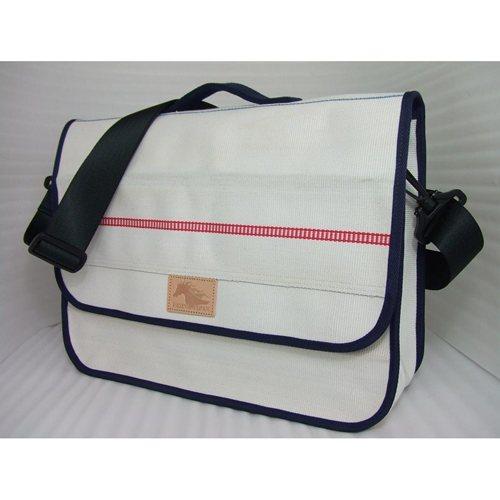 PATTINA JAPAN メッセンジャーバッグ