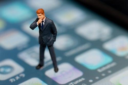 人気スマホブランドTOP3は『iPhone』『Xperia』『Galaxy』 選べるキャリアはどこ?
