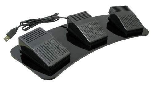 3スイッチタイプのUSBフットスイッチ『UMA-FS3』